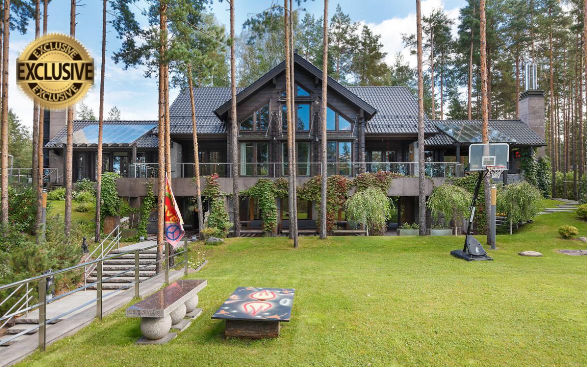 Резиденция в посёлке «Медное озеро»