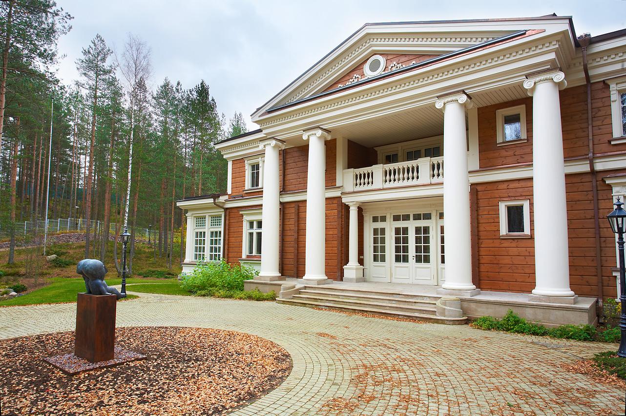 проект дома в усадебном стиле