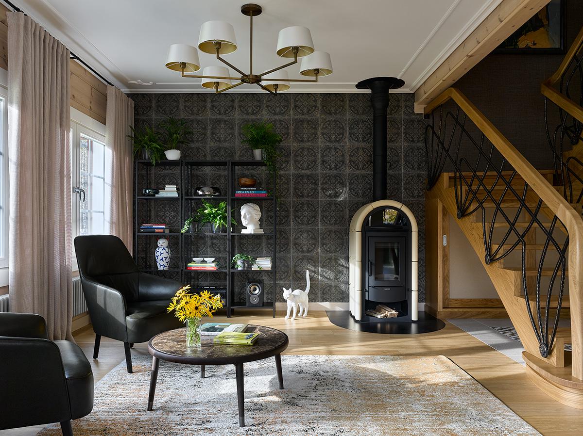 стильный интерьер дома из бруса