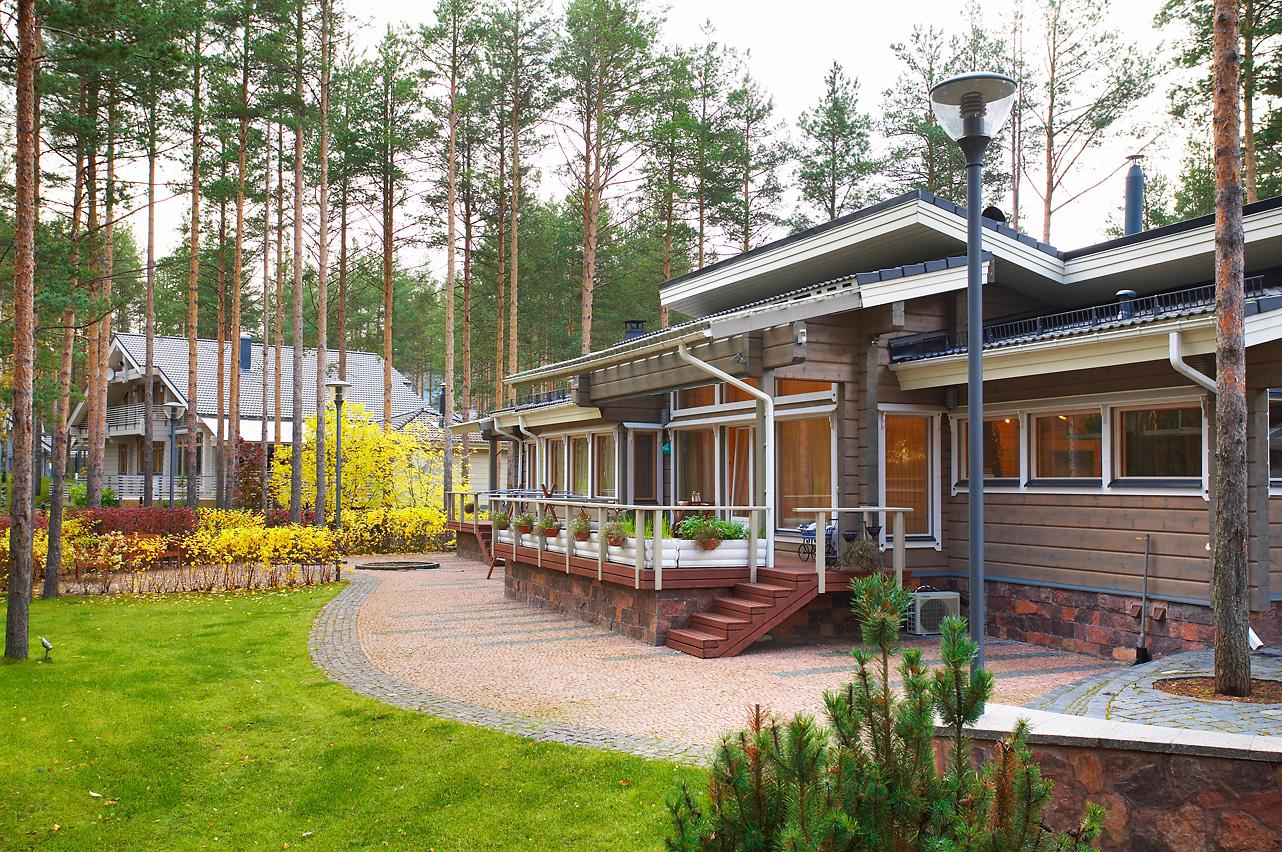 Элитные дома из дерева. Одноэтажный коттедж Lahti премиум-класса
