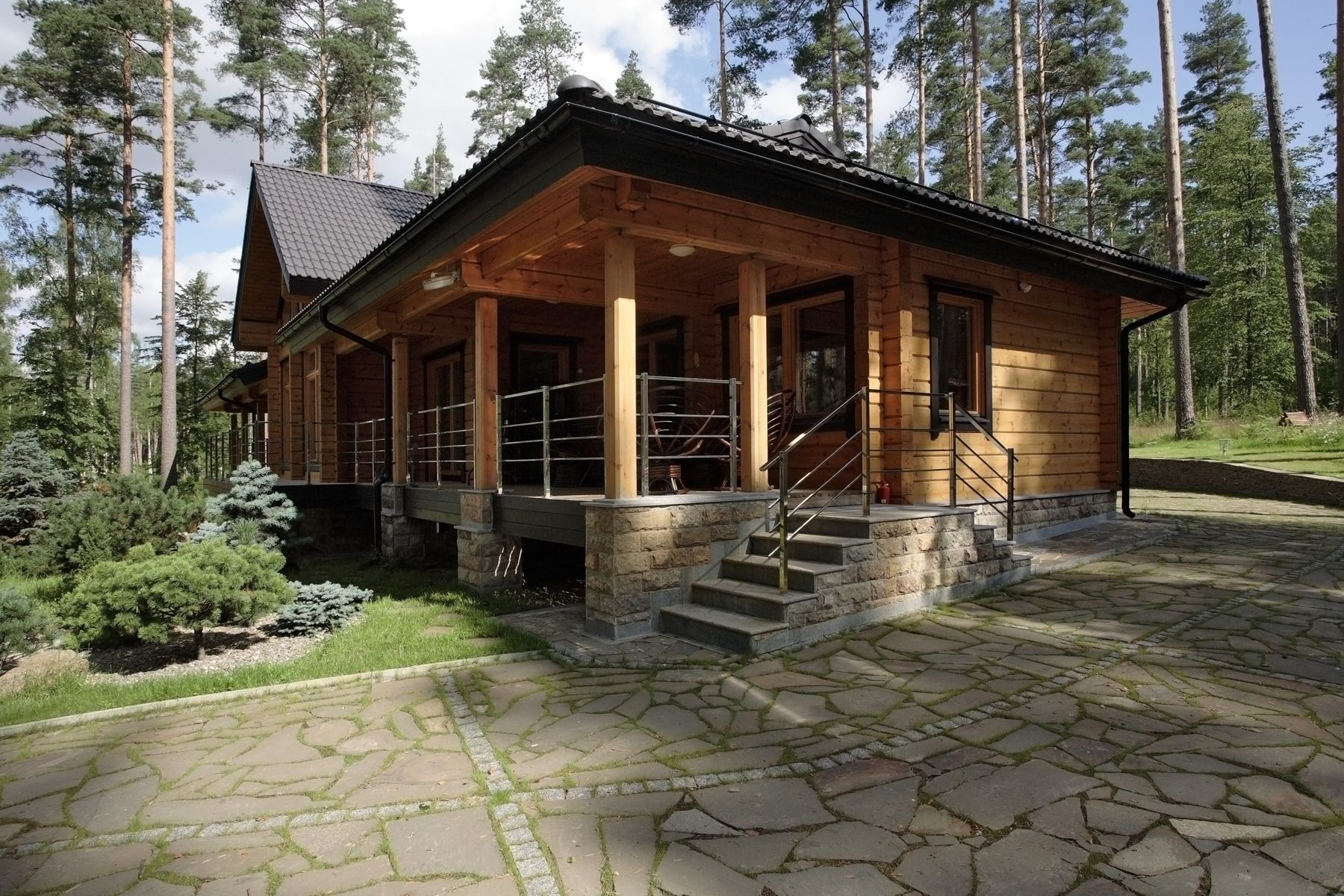 Проект скандинавского дома премиум-класса Romantikka из бруса