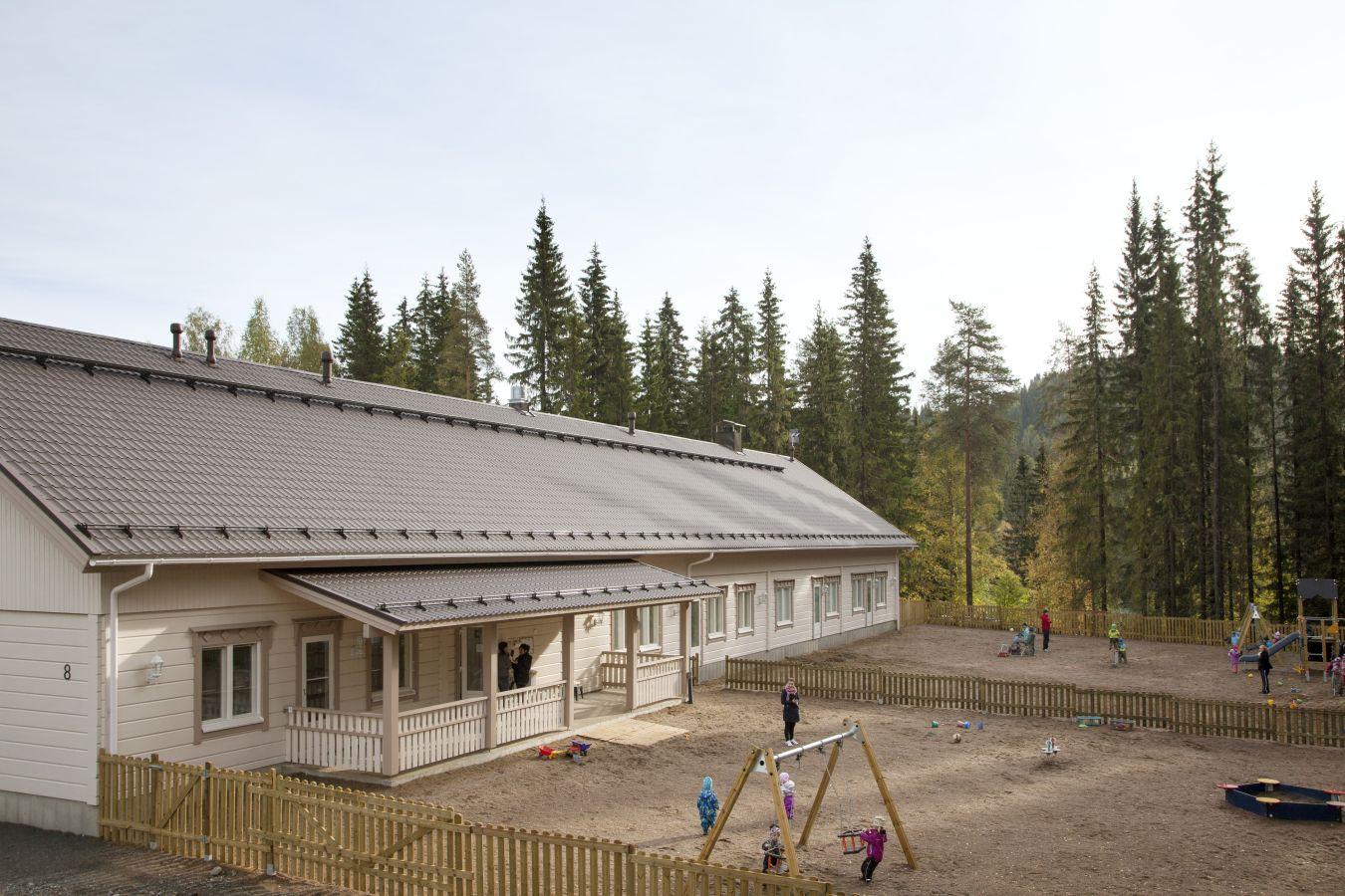 Деревянный детский садик. Строительство под ключ.