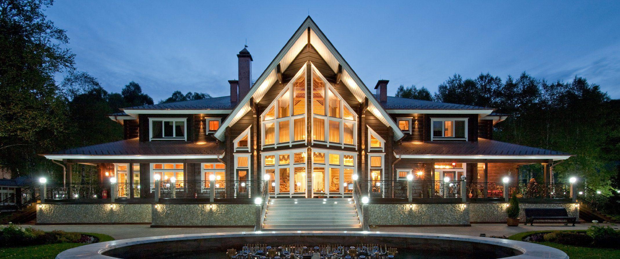 Построить элитный деревянный дом. Загородный коттедж Helmi от HONKA