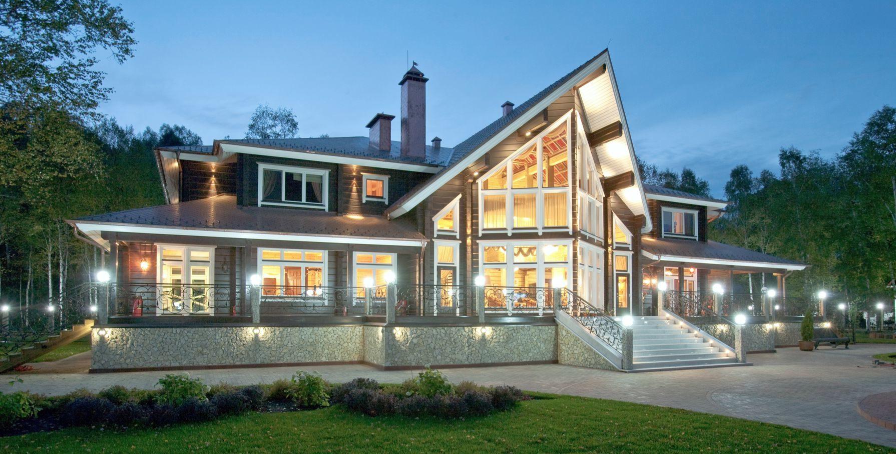 Построить деревянный дом. Загородный коттедж Helmi от HONKA