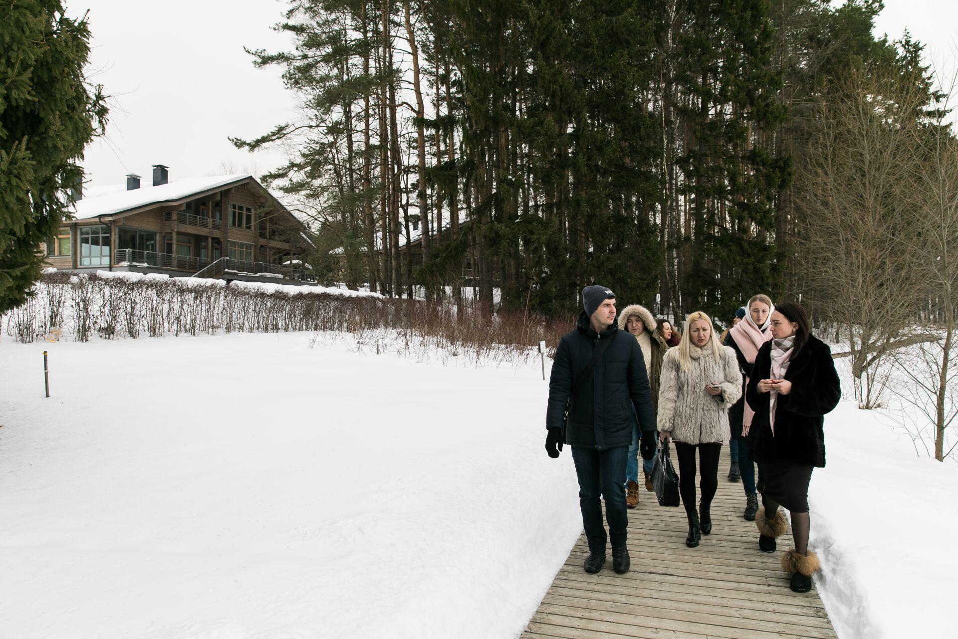Пресс-тур компании HONKA в эко-отель «Изумрудный лес»