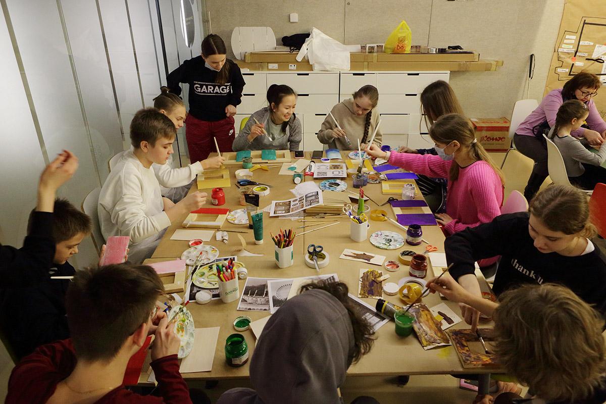Мастер-класс по деревянной архитектуре в музее «Гараж»